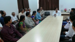 Bapu interacting with Doctors and other members