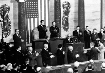 Turkey's President Celal Bayar addressing US Congress in year 1954